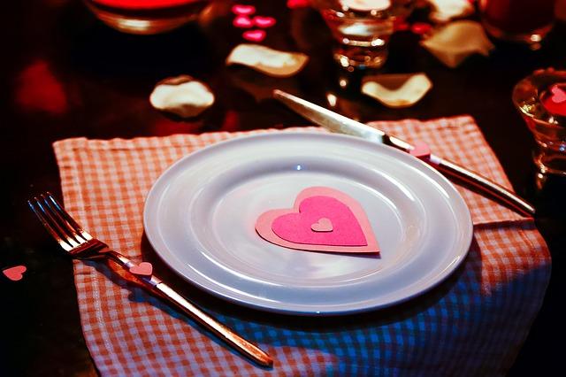 付き合う前の食事デートでおすすめの場所5選♡
